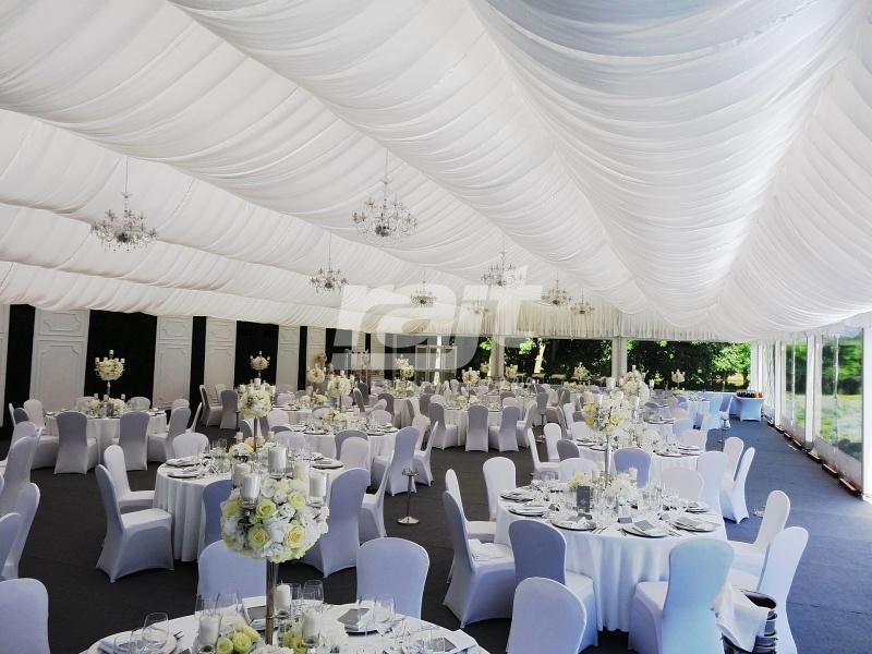 Pięknie udekorowana i wyposażona hala namiotowa na wesele